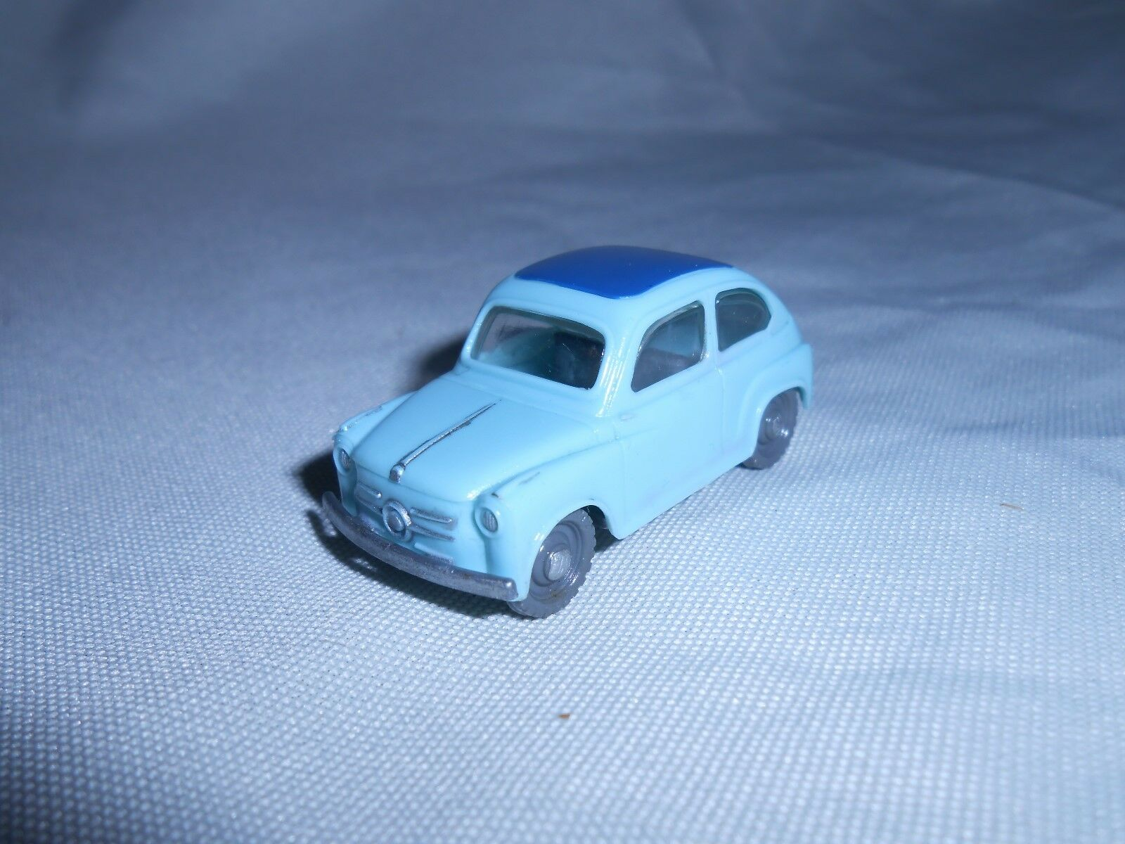 Siku plástico v49 Fiat 600 azul V serie