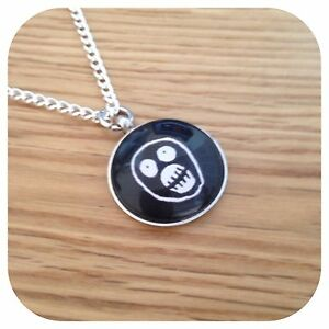 The Mighty BoOsh Charm pendant necklace Round