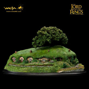 WETA-Lord-Of-The-Rings-Bag-End-Diorama-Statue-Figure-NEW-SEALED
