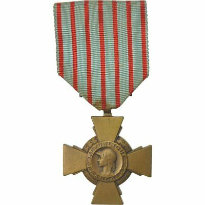 France Medal Croix Du Combattant #552805 1914-1918 Very Good Quality