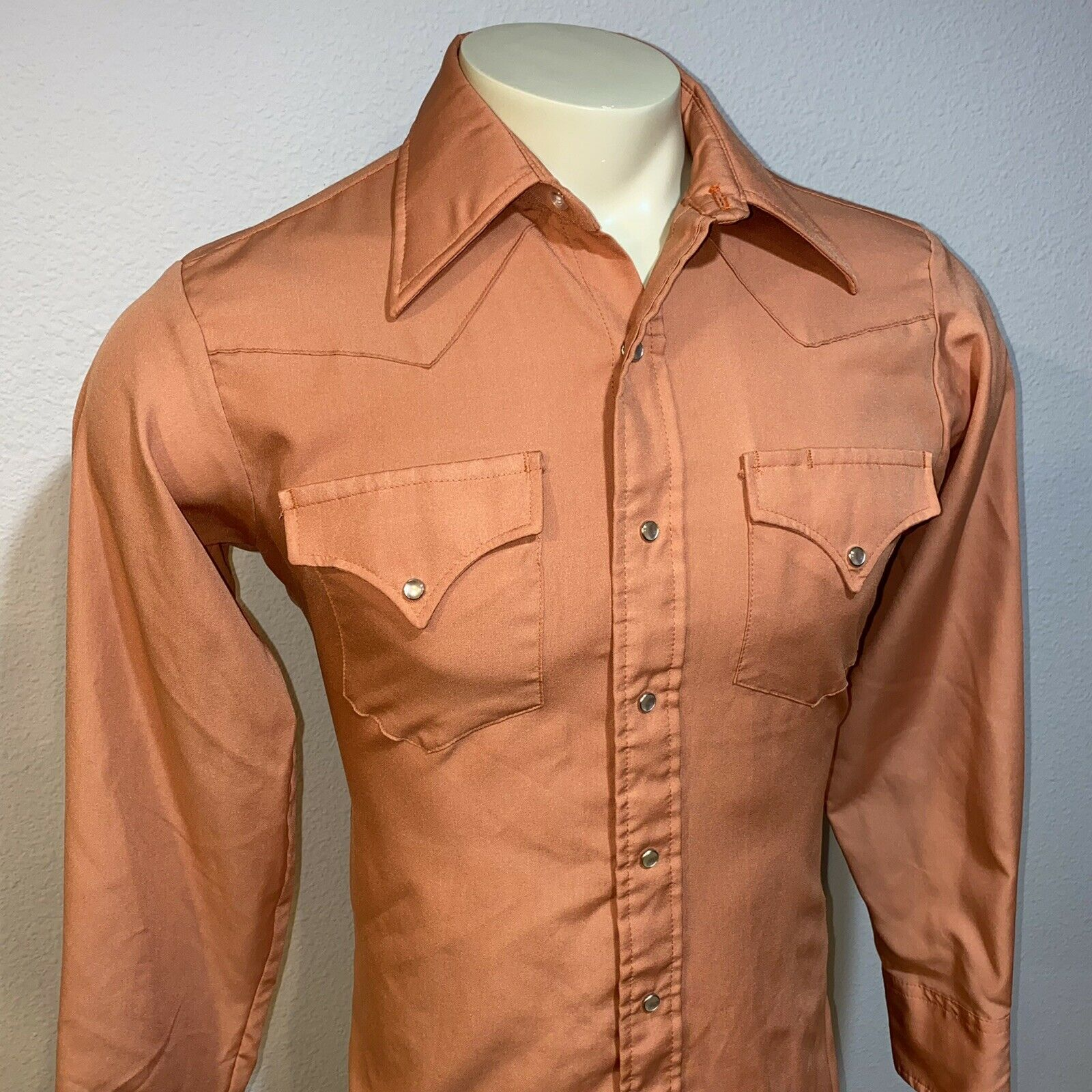 Size medium. 70/'s Le Chevron long sleeve shirt