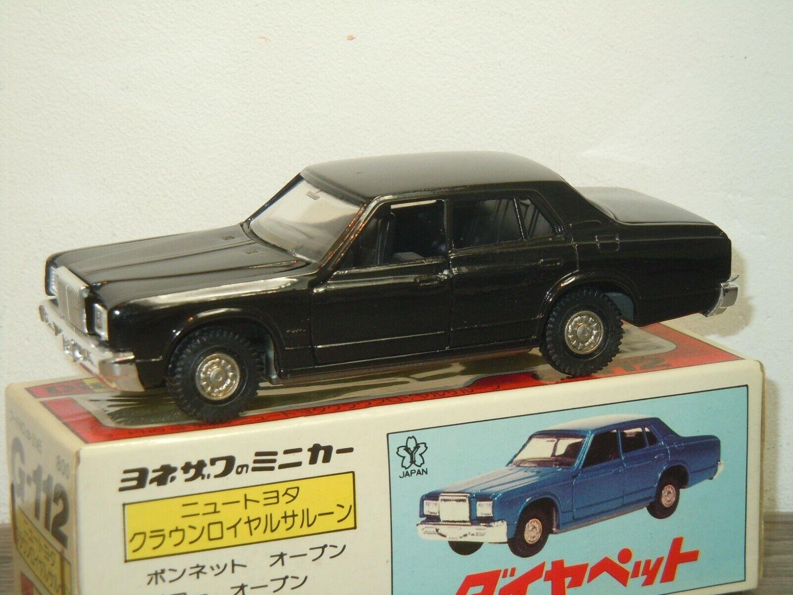 Toyota New Crown Royal Saloon - Diapet Yonezawa Toys G-112 - 1 40 in Box 39010