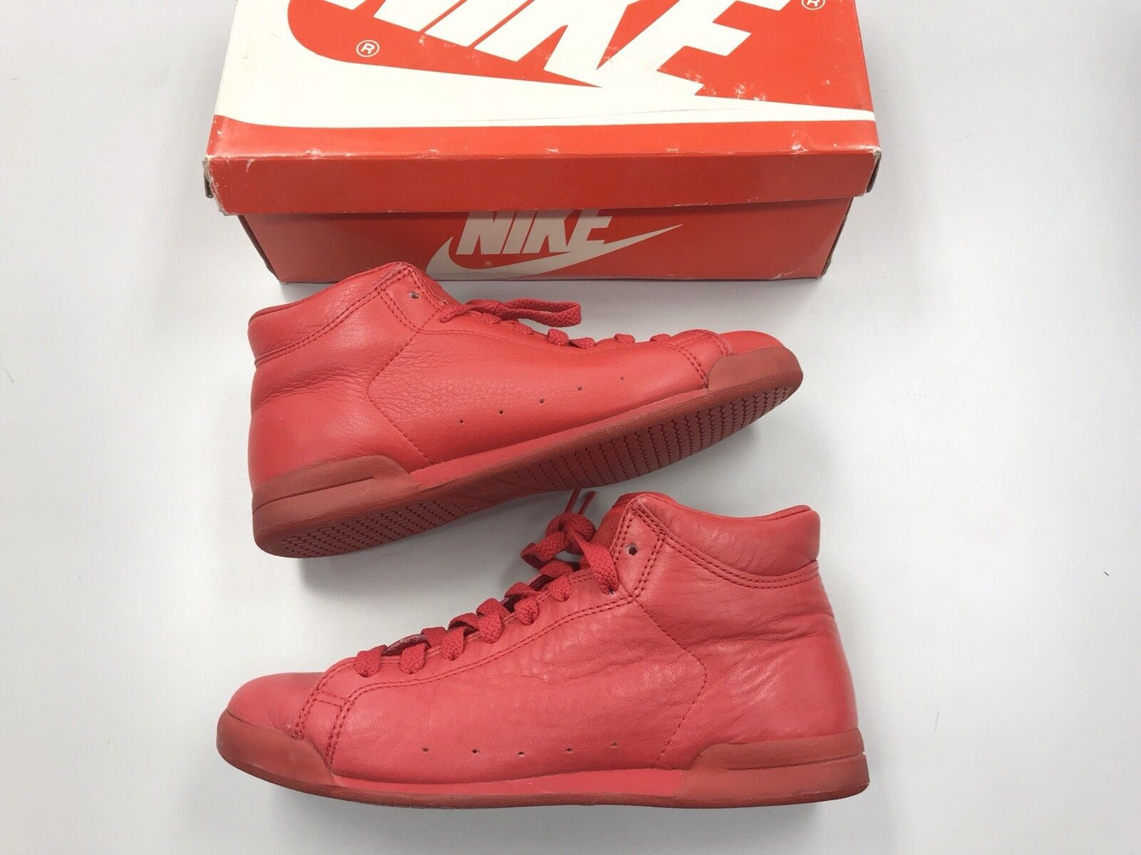 1986 Vintage Nike Courtside High Red 6.5 Leather Women Shoes Size 6.5 Red Worn a45aef