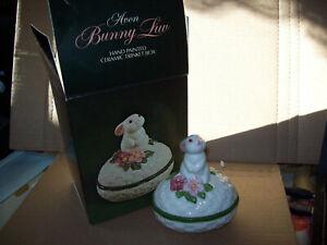 Vintage-Avon-Bunny-Luv-Ceramic-Trinket-Box-1982-NOS