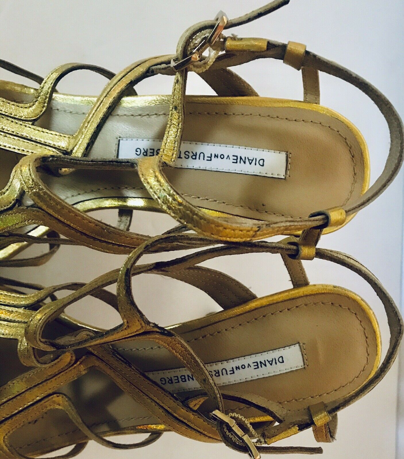14ba1a22611 Diane Von Furstenberg Sandy Sandy Sandy gold Leather Strappy ...