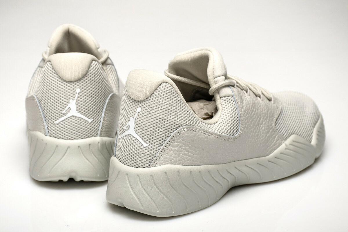 Nike Jordan J23 BASSO MISURA EUR 42.5 42.5 42.5 Uomo Scarpe Ginnastica Luce Bone a93ca5