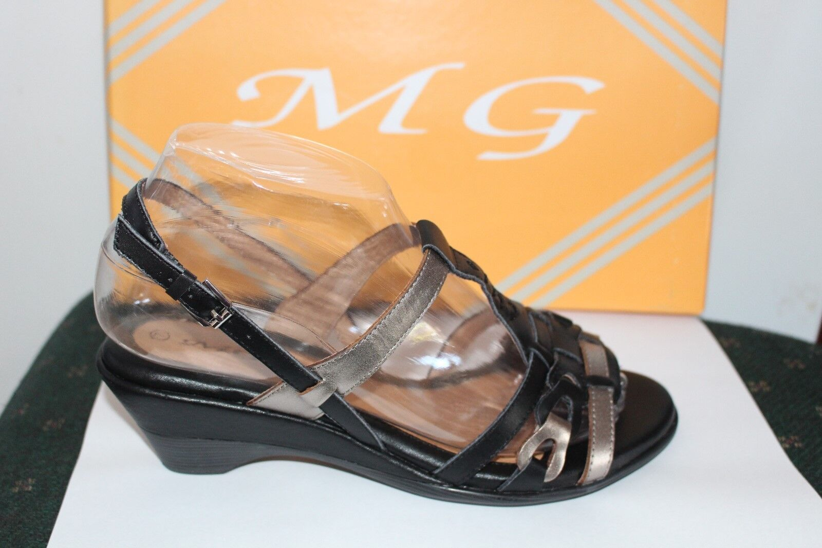 LADIES SHOES FOOTWEAR -MG Tasman black multi sandal