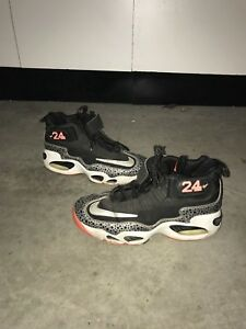 722855e014a66 Nike Air Griffey Max 1 Premium Safari Mens Size 7y Basketball Shoes ...