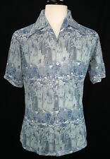 VTG Men's Blue Victorian People Patterned S/S Polyester Disco Shirt Sz M