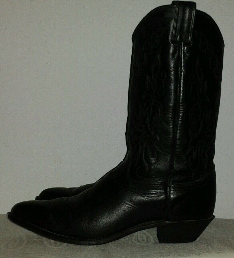 Women's black leather cowboy/western boots Size 9 M Made in USA