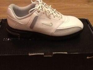Nike Air Tour Saddle Men's golf shoes