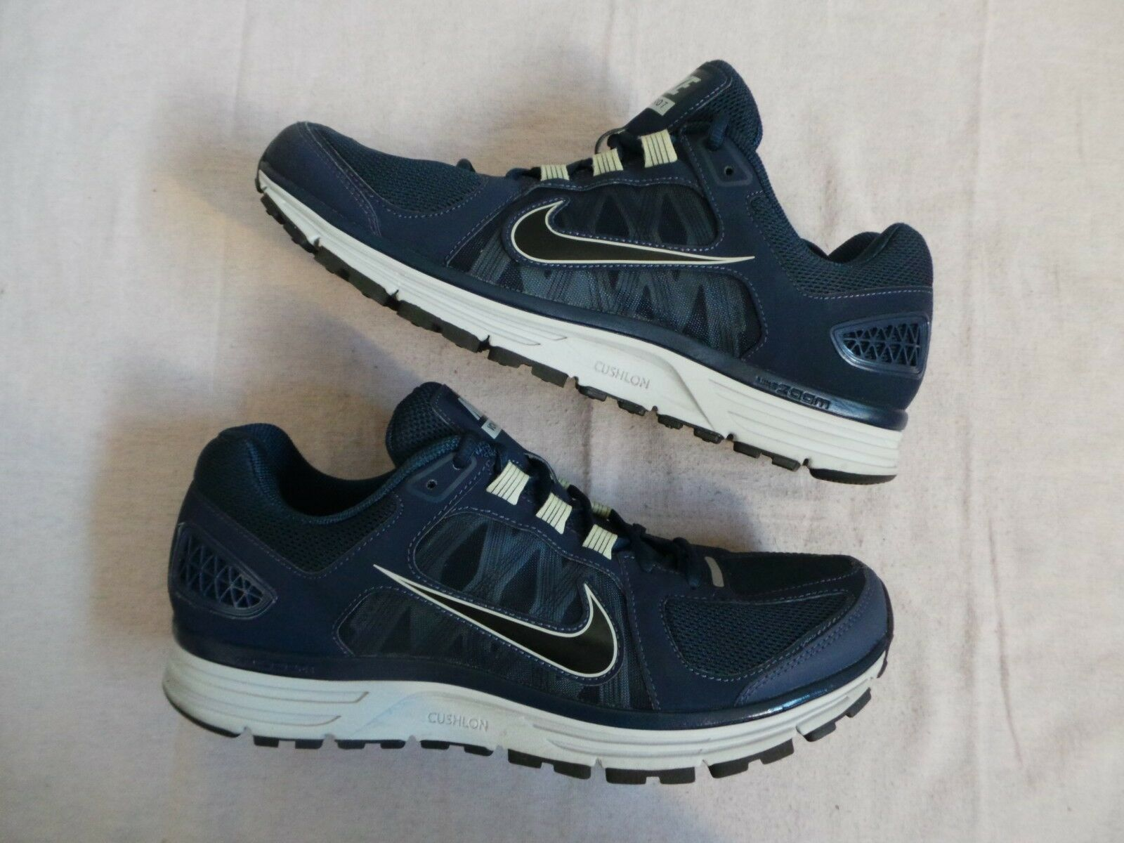 Seasonal clearance sale Nike Air Zoom Vomero 7 + Vomero+ size 11 VNDS worn 2X twice Price reduction
