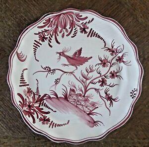 Ancienne-Assiette-faience-vieux-Nevers-ton-rouge-decor-d-039-oiseaux