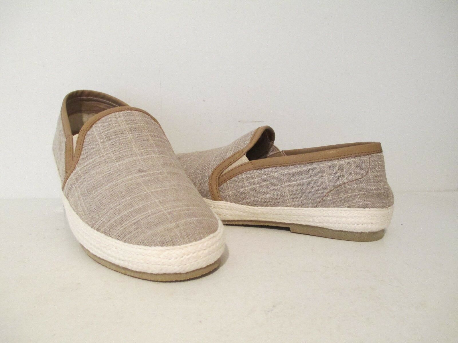GBX Mens Dart 13566 Canvas Casual Slip On Loafers Taupe Size 8.5 M