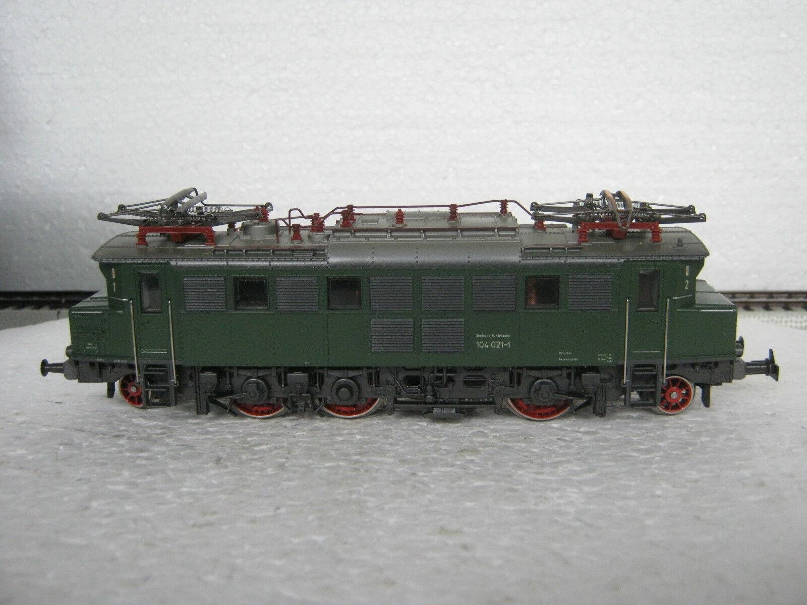 HO/AC 3049 e Lok BR 104 021-1 DB  co/16-51r7/14