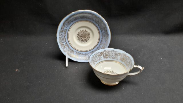 Paragon Double Warrant S7952 Blue Ivory Gold - Cup & Saucer
