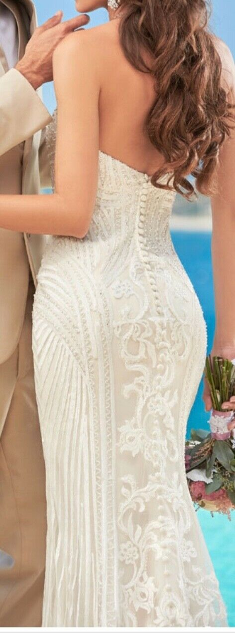 """Kitty Chen Couture """"Alvina"""" Wedding Gown  - image 4"""