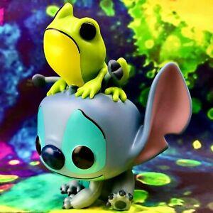 Stitch with Frog FYE Exclusive Disney Lilo & Stitch Funko POP! *Damaged Box*