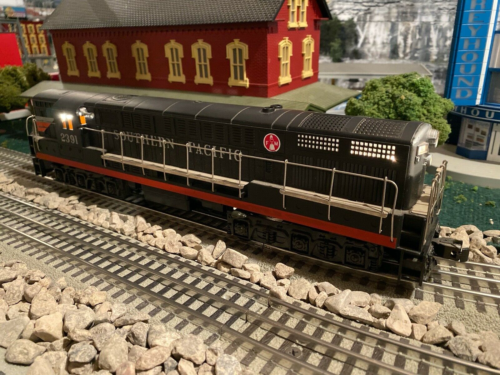 Williams Southern Pacific FM Trainmaster Dummy Engine - Upgraded  - MTH Lionel