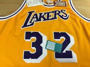 3027cddb23e Mitchell   Ness 1984 1985 LA Lakers Magic Johnson 32 Throwback ...