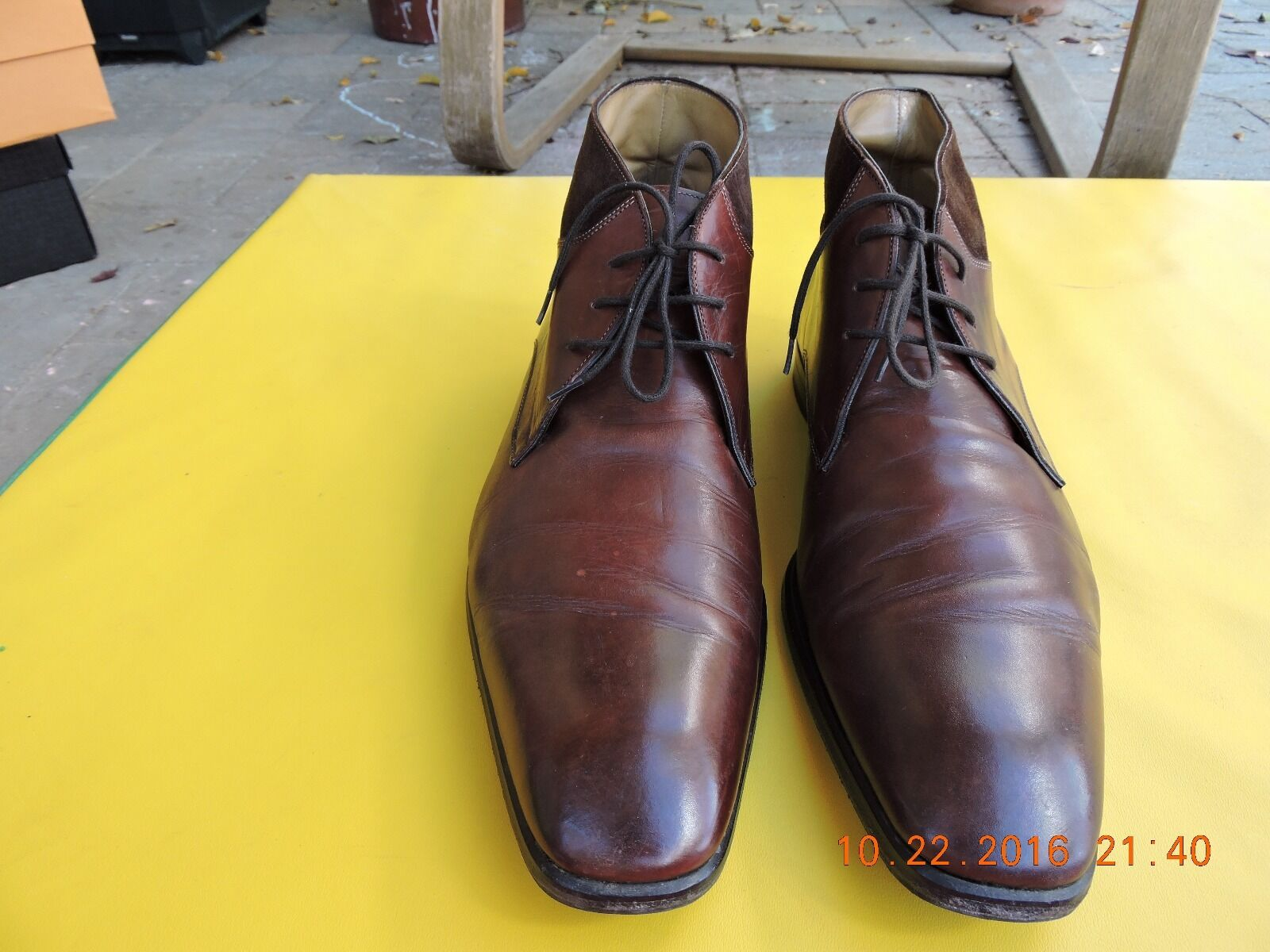 Antonio Maurizi botas hecho en Italia.