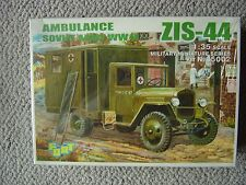 Fort 1/35 Soviet ZiS-44 Ambulance (WWII)