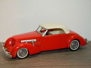1937-Cord-Model-812-Supercharged-Matchbox-Yesteryear-YY18-England-34621