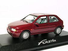 Ford fiesta de 1996  au 1/43 de Minichamps