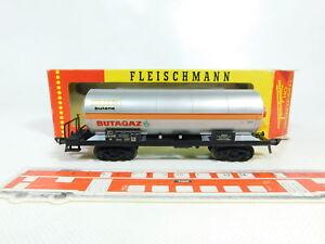 BR54-0-5-Fleischmann-H0-DC-5495-Kesselwagen-Butagaz-Algeco-SNCF-sehr-gut-OVP