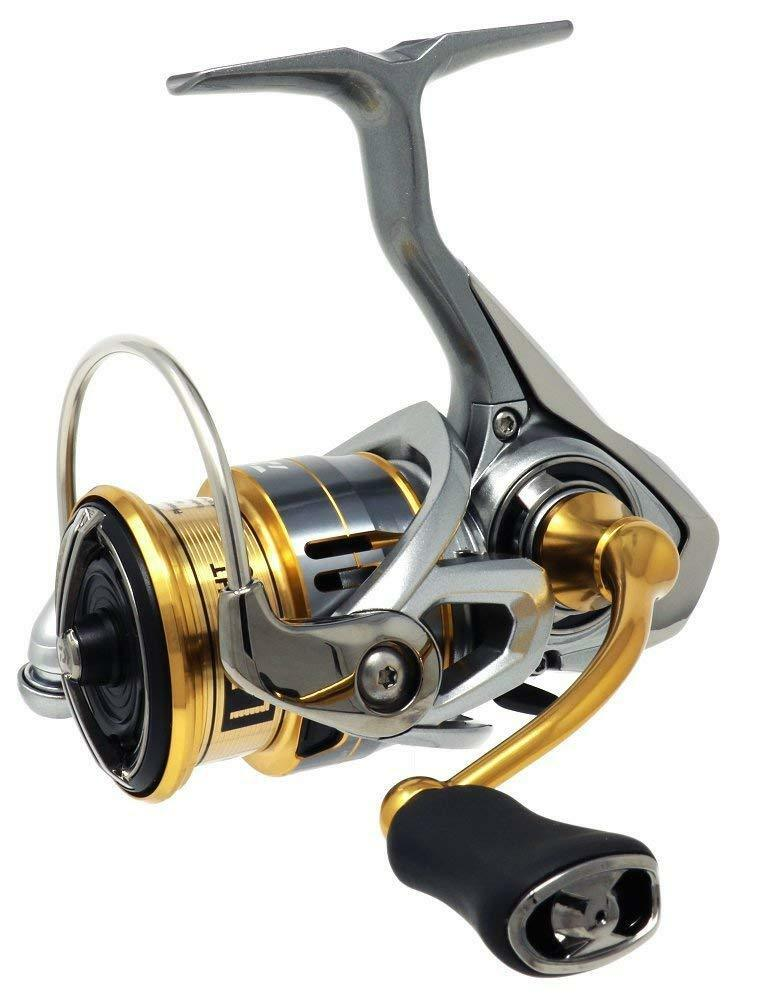 Daiwa Spinning Fishing Reel 18 FREAMS LT2500S-XH from japan【Brand New in Box】