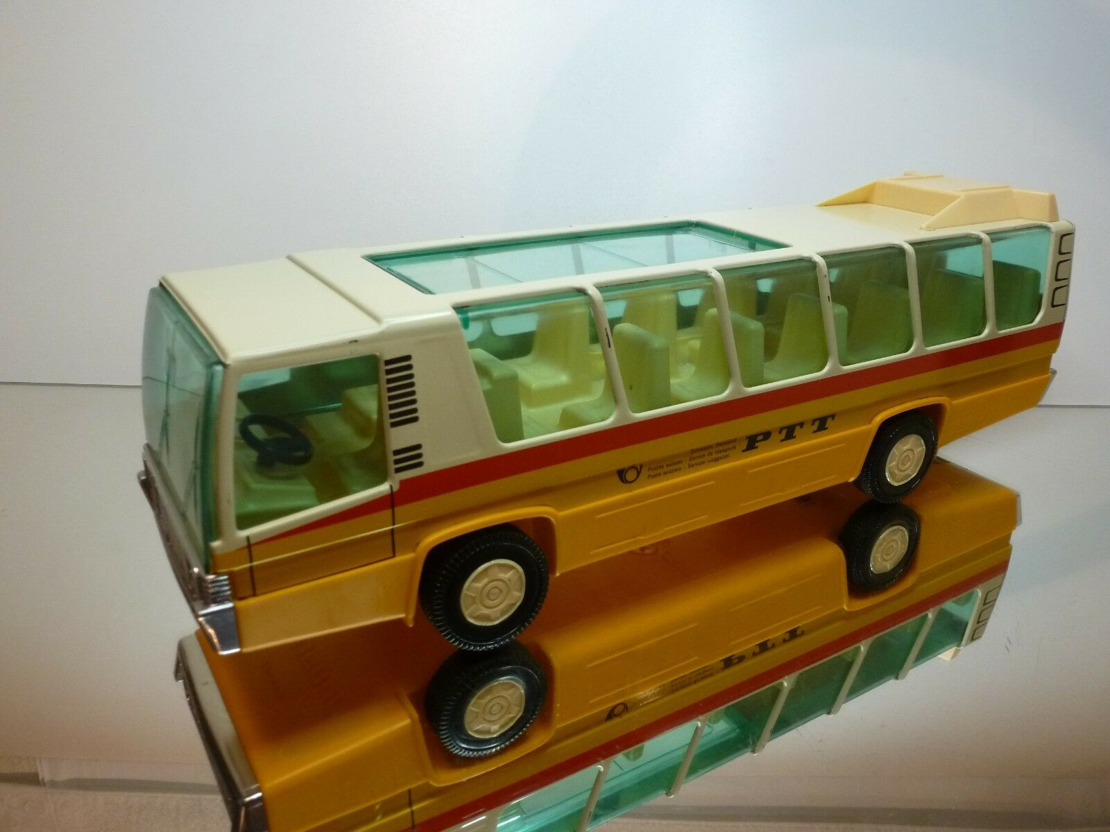 JOUSTRA AUTOBUS PTT SWITZERLAND SWITZERLAND SWITZERLAND - YELLOW CREAM L39.5cm friction - GOOD CONDITION 28d607