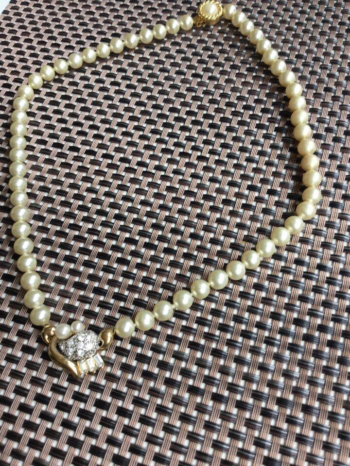 Halskæde, perler, Andet