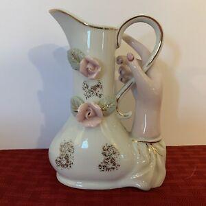 Hand-Vase-Vintage-Lady-s-Hand-Holding-A-Vase
