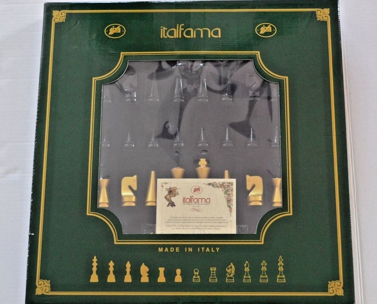 ITALFAMA  Wooden Weighted Lacquerosso Chess Men + Board chessboard set