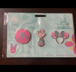 Minnie-Mouse-The-Main-Attraction-Small-World-Pin-Set-April-FREE-SHIPPING