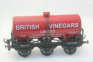 WJ-Vintage-Gauge-O-Coarse-Scale-Tinplate-6-wheel-Tanker-wagon