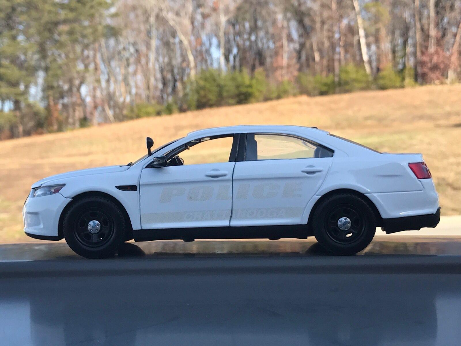 Chattanooga Tennessee departamento de policía fantasma Diecast Coche Motormax 1 24 Escala