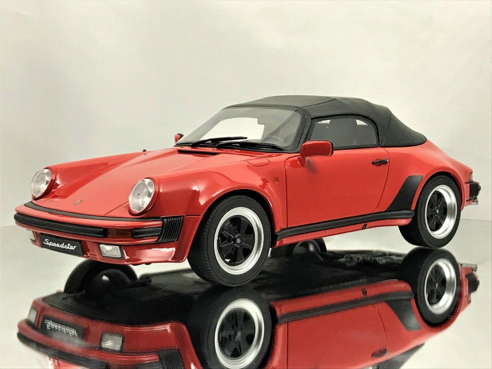 GT Spirit Porsche 911 3.2 Speedster Soft Top 1989 rosso Resin Model Car 1 18