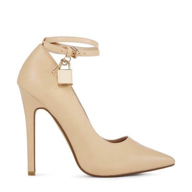 Justfab size 4 Nude Heel shoes Lockette