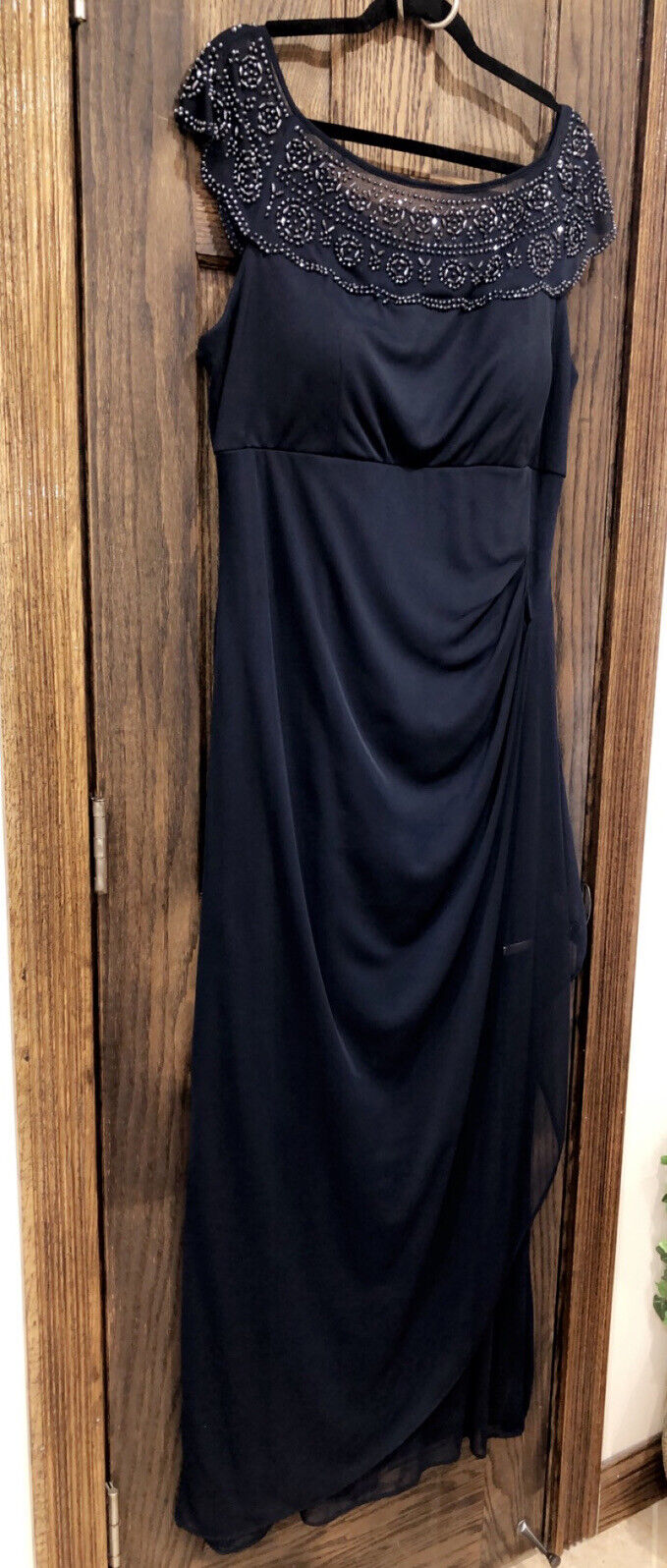 Women's Formal Dress Size 16 MSK Evening Navy Blue Gown Beaded Neckline #C14