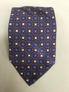 Brioni-Blue-with-Red-Geometric-Patterned-Silk-Tie-Made-in-Italy