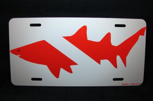 SCUBA DIVE FLAG LICENSE PLATE FOR CARS WITH SHARK SILHOUETTE METAL DIVER FLAG