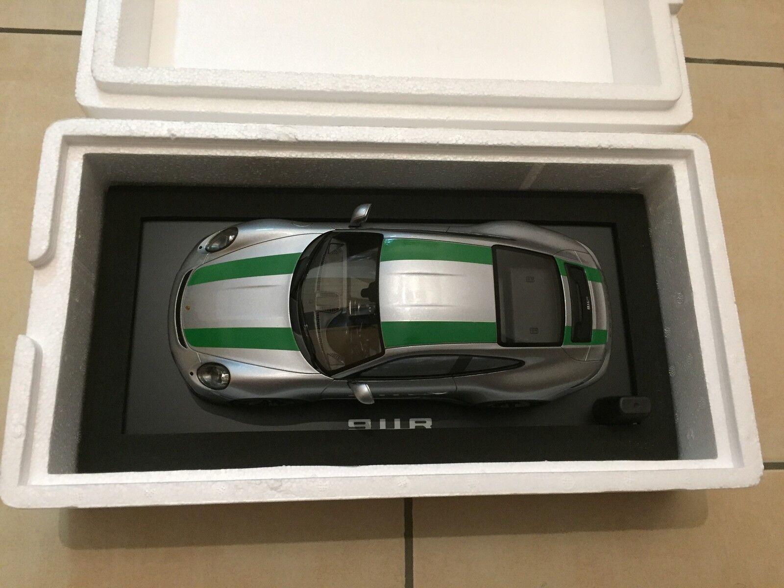 Porsche 911r 1 18 Spark Neu Ovp Dealeredition silver green WAP 021 146 0H