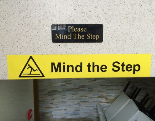 Mind the Step Sign Engraved in Various Colours 5//12 CM With Adhesive Free P/&P