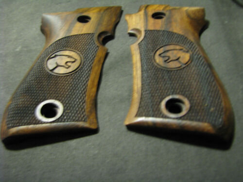 Beretta Cheetah 81//81B//81BB seulement pistolet Grips FRENCH WALNUT chkd avec Cheetah Logo