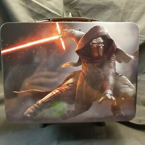 Disney's Star Wars Kylo Ren The Force Awakens Large Tin Lunchbox. Looks Great