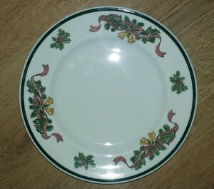 "JOHNSON BROTHERS 8"" SIDE SALAD PLATES VICTORIAN CHRISTMAS ..."