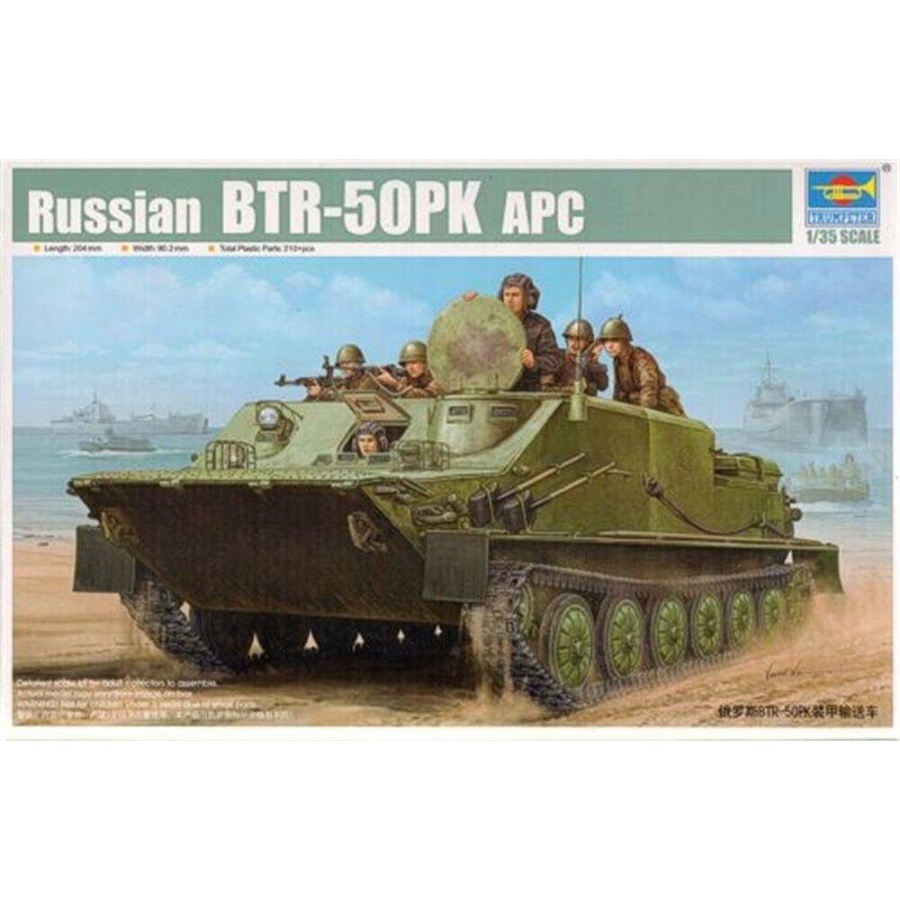 01582 1 35 Escala Modelo de vehículos de Rusia BTR-50PK armadura de plástico Trumpeter