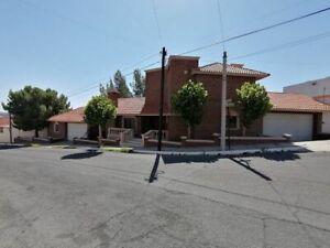 Lomas Universidad, privado,excelente residencia muy amplia con recamara en plant