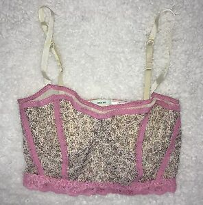 ff47ff038c445 KIMCHI BLUE Urban Outfitters Bralette Size M Pink Floral Lace Trim ...